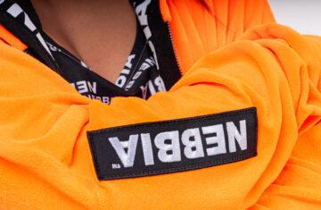 Oranž pehme pusa Nebbialt